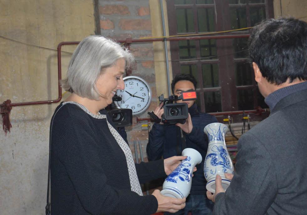 Den-energy-saving-award-Vietnam2