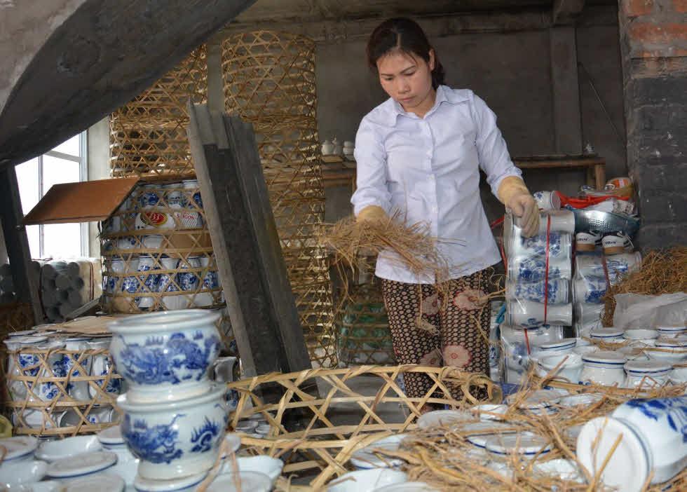 Den-energy-saving-award-Vietnam4