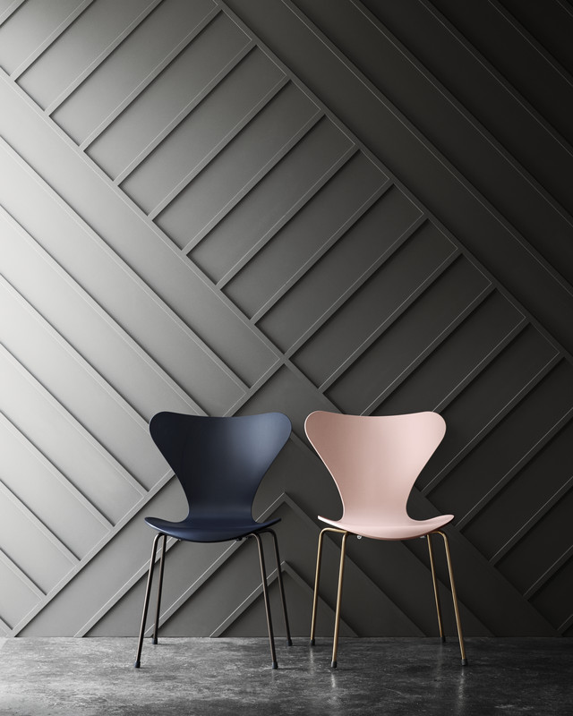 The Arne Jacobsen Series 7 Chairs was introduced in 1960 (Photo: Republic of Fritz Hansen)